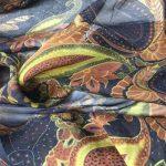 Silkechifoon med paisly mønster